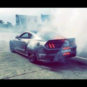 Indias loudest Ford Mustang burnout 180x180 Video: See and hear Indias loudest Ford Mustang in action