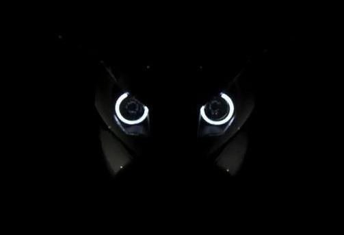 Video: World's first adaptive headlight system on BMW
