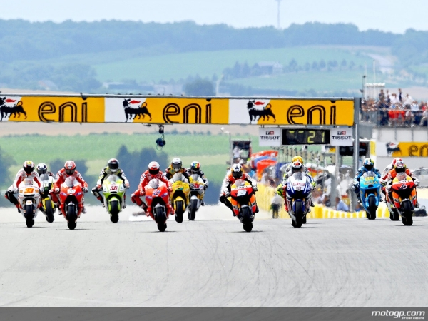 MotoGP-of-Sachsenring-1-Race-Restart