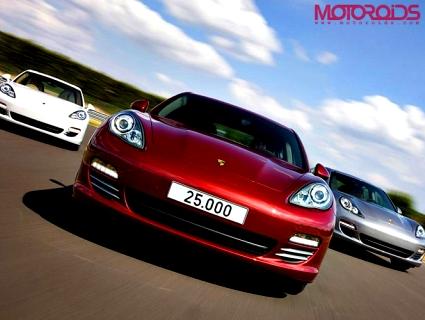 Porsche-Panamera-25000-Opener