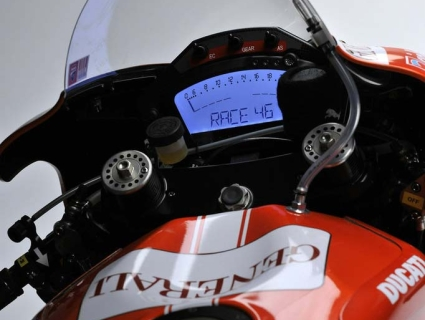 Rossi-Ducati-Brno-Opener