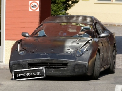 2011-Ferrari-Gran-Turismo-spy-shots-opener