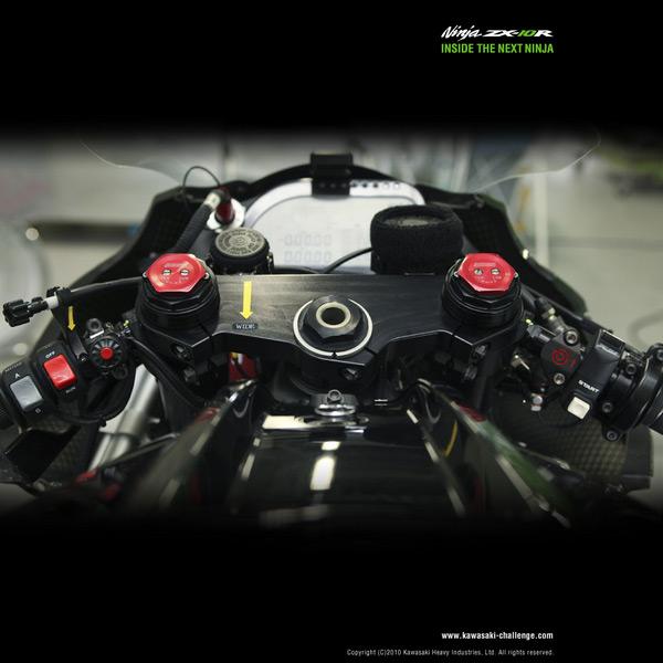 2011-Kawasaki-Ninja-ZX-10R-5