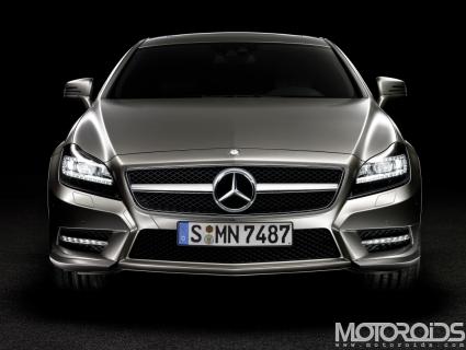 2011-Mercedes-Benz-CLS-Opener
