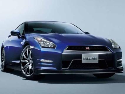 2012-Nissan-GT-R-Facelift-Opener