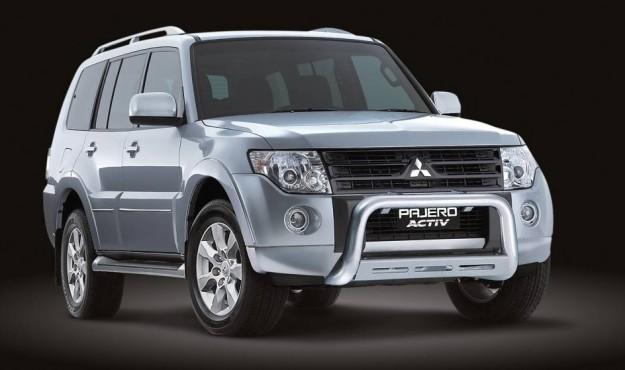 2010-Mitsubishi-Montero