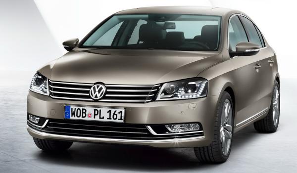 2011-Volkswagen-Passat-Opener