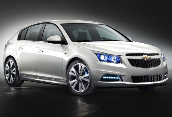 Chevrolet-Cruze-hatchback-Slider