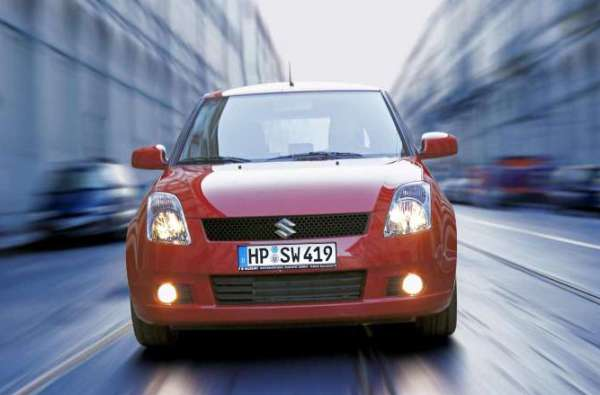 Suzuki-Swift-Frost-Sullivan-Awards-2010