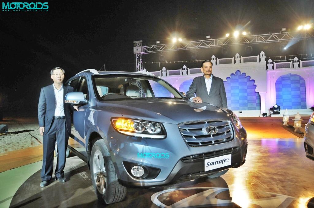2011-Hyundai-SANTA-FE-LAUNCH1