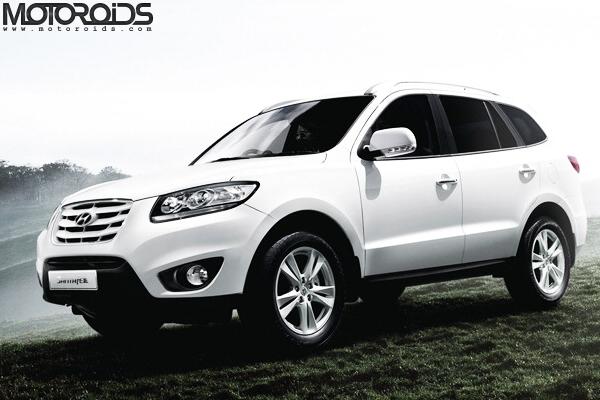 2011-Hyundai-Santa-Fe-launched-in-India