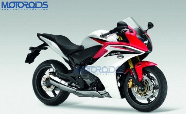 2011-Honda-CBR600F-Front-Three-Quarter-White-Red