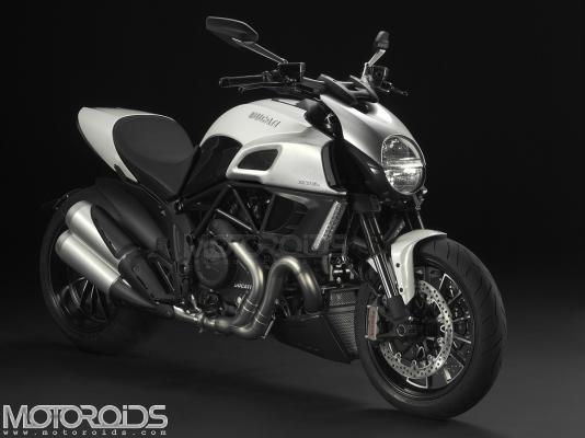 Ducati-Diavel-Opener