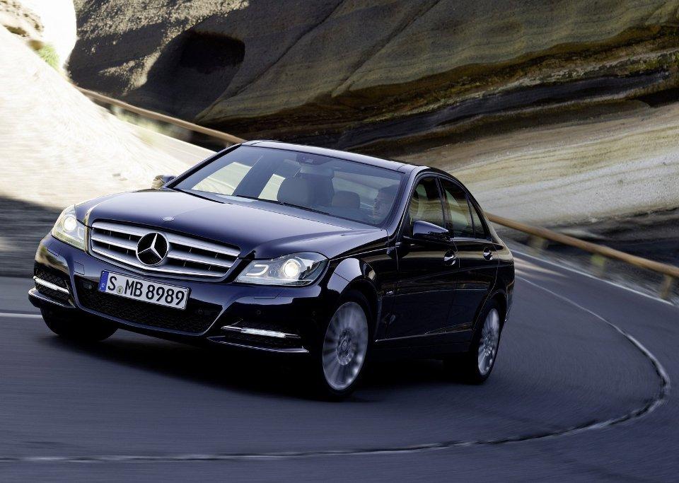 2012-mercedes-Benz-C-class-front