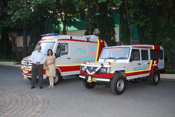 Shri-Firodia-trust-donates-50-ambulances