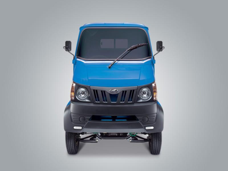 Mahindra-Gio-Passenger-cab