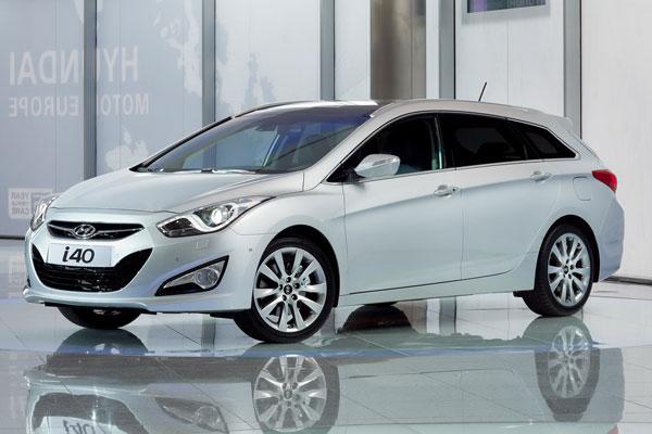 2011-Hyundai-i40-at-geneva-auto-show-7