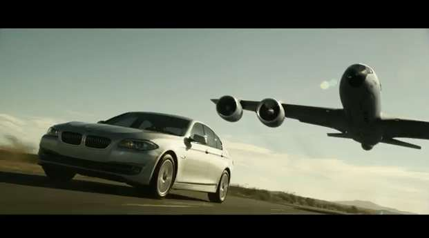 Video ad: BMW 5-series refueled by an aircraft