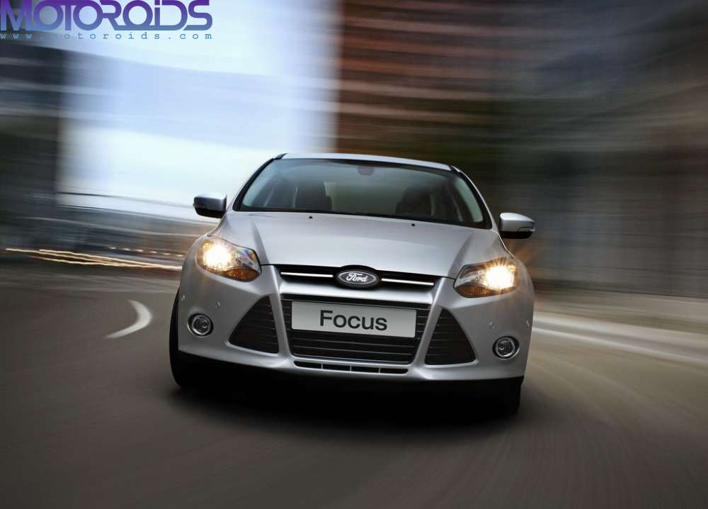 Ford-Focus-sedan-india-front