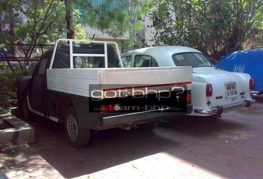 Hindustan-Ambassador-Pick-Up-3