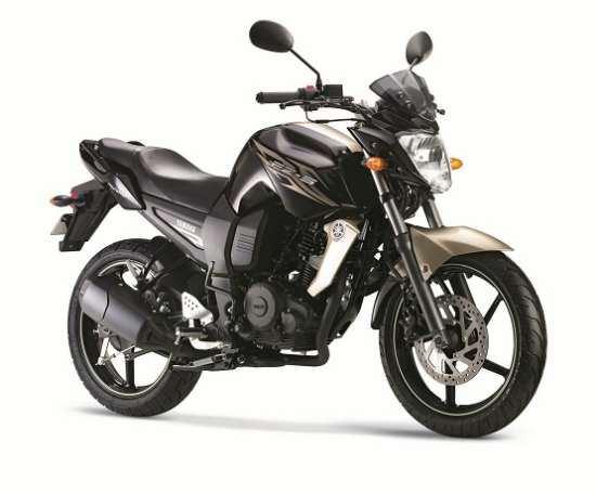 Yamaha-FZ-S-golden-streak