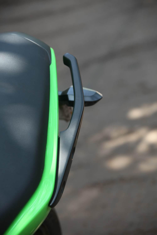 Ninja-650R-details