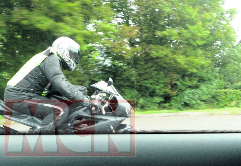 2012-Triumph-Daytona-675