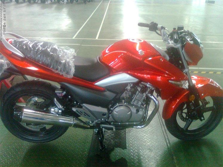 Suzuki-GW250