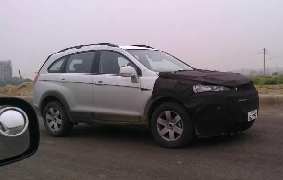 2011-Chevrolet-Captiva-2-