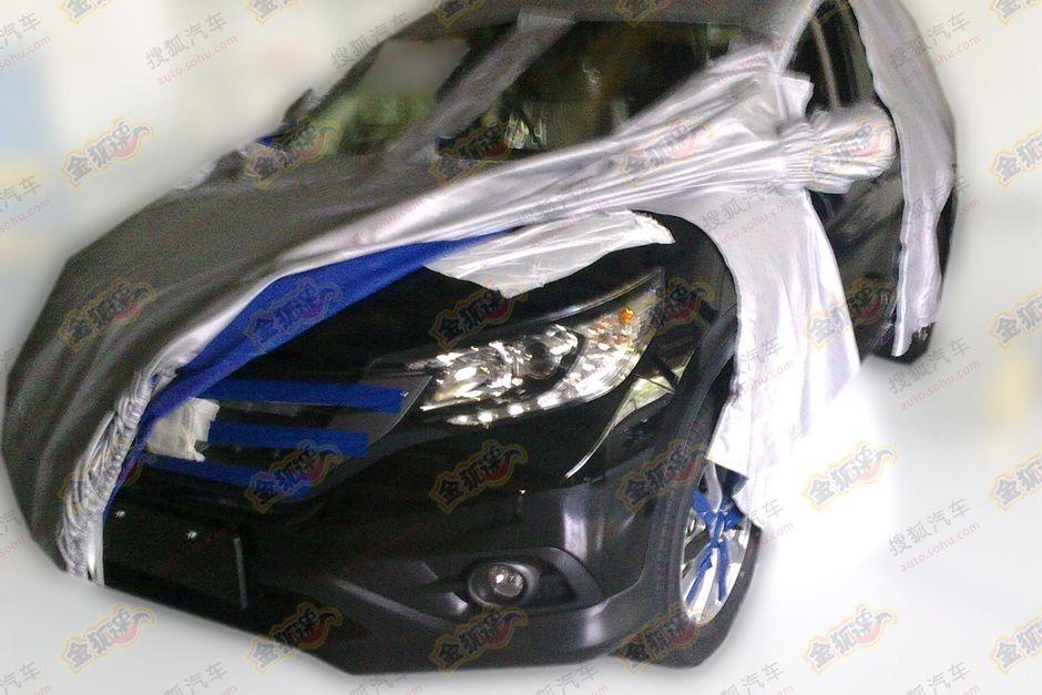 2012-Honda-CR-V-spyshots-4