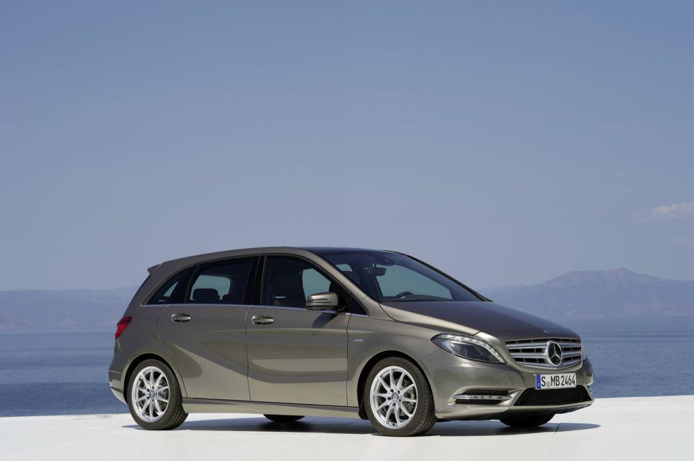 New-Mercedes-B-class-8