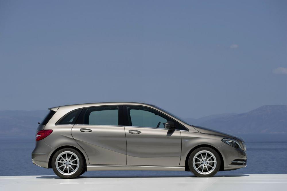 New-Mercedes-B-class-9