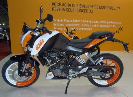 KTM-200-Duke-3