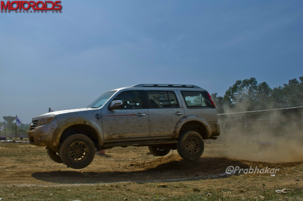 The-Great-Ford-Endeavour-Drive-Bangalore-1
