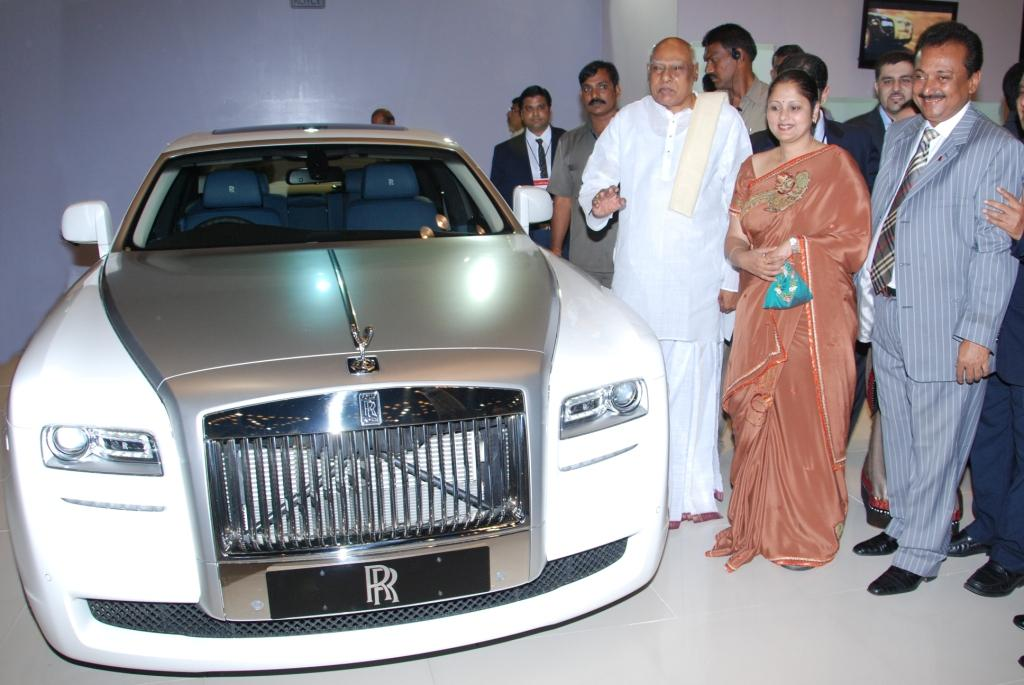 Rolls Royce Open Their First Showroom In Hyderabad Motoroids
