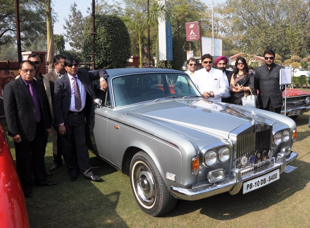 2nd-Edition-of-Vintage-Car-Bike-show-by-Crown-Group-at-Crown-Interiorz-Faridabad-on-27th-Jan-2012-9