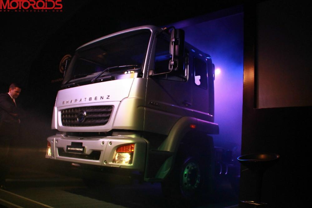 bharatbenz-trucks-8