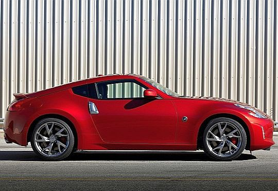 UNVEILED:2013 Nissan 370Z gets some botox