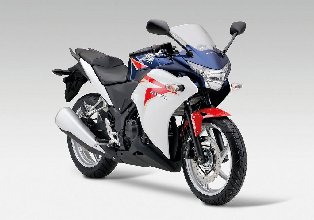 2011-Honda-CBR250R