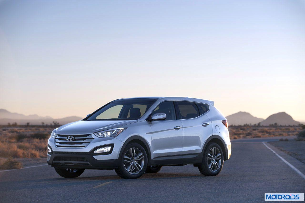 2013-Hyundai-Santa-Fe-16