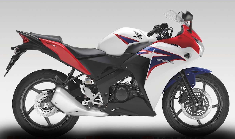 Honda-CBR150R-Tricolor-Edition2