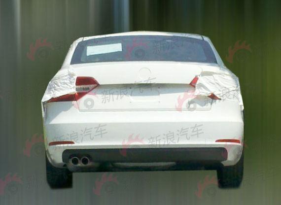 New 2013 Skoda Superb facelift