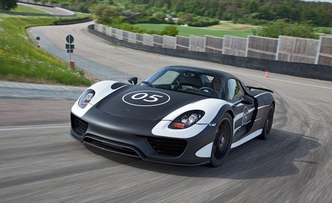 2014-Porsche-918-Spyder-prototype