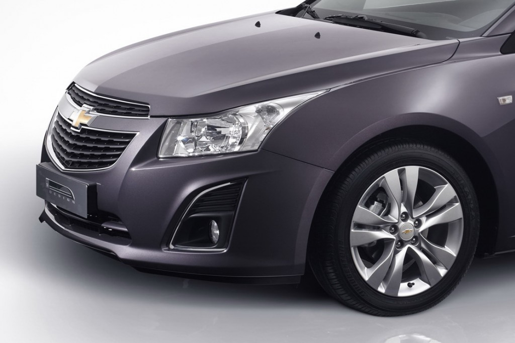Chevy-Cruze-Wagon-2-1024x682