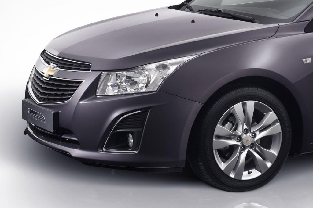 Chevy-Cruze-Wagon-2-1024x682