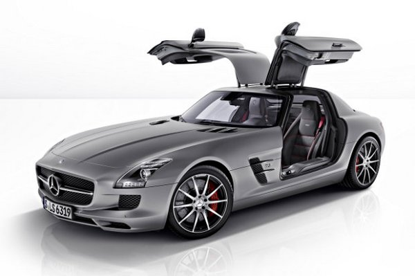 Mercedes unveils the 2013 SLS AMG GT