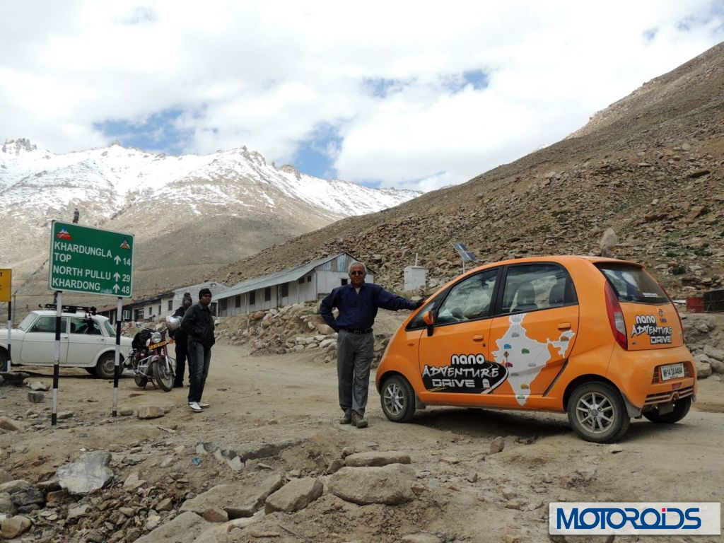 Mr-Chacko-on-his-way-to-Khardung-La