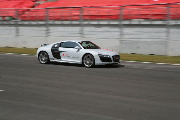resizedimage600400-Audi-Sportscar-Experience-R8