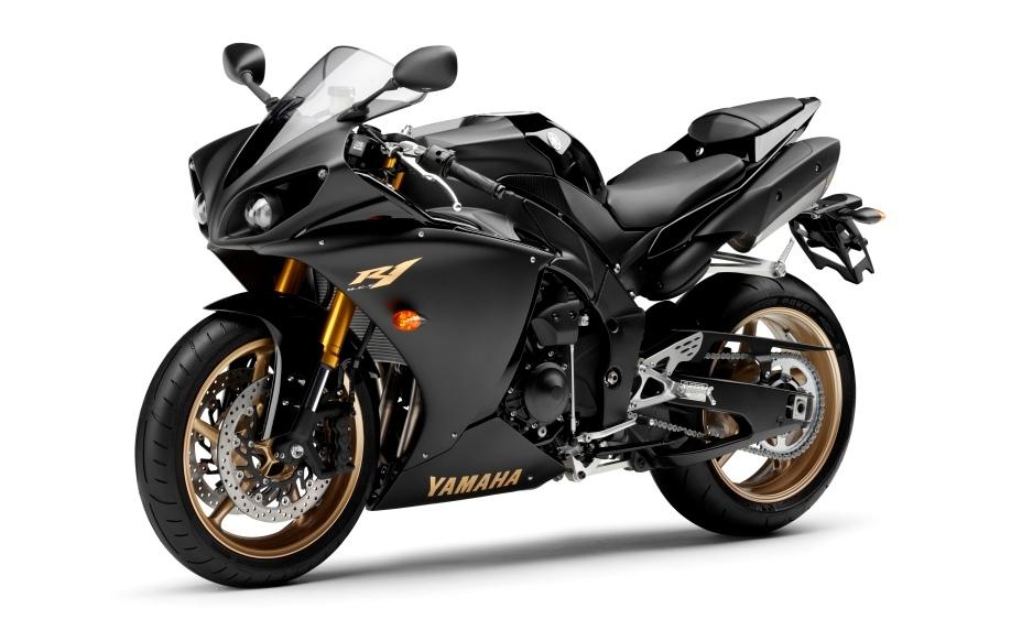 Yamaha R1 BKACK