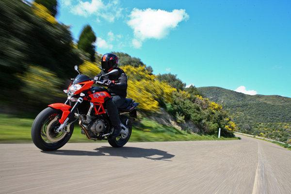 Aprilia Shiver 750 - www.motoroids.com